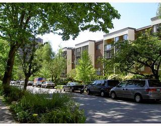 "Photo 1: 412 1140 PENDRELL Street in Vancouver: West End VW Condo for sale in ""THE SOMERSET"" (Vancouver West)  : MLS®# V801603"