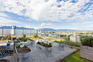 """Photo 18: 613 251 E 7TH Avenue in Vancouver: Mount Pleasant VE Condo for sale in """"DISTRICT"""" (Vancouver East)  : MLS®# R2498216"""