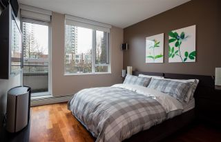 """Photo 11: 1075 EXPO Boulevard in Vancouver: Yaletown Townhouse for sale in """"MARINA POINTE"""" (Vancouver West)  : MLS®# R2253361"""