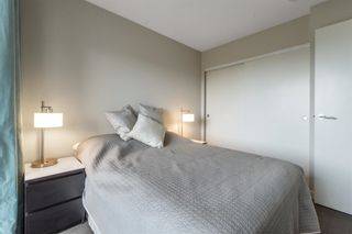 """Photo 6: 913 445 W 2ND Avenue in Vancouver: False Creek Condo for sale in """"The Maynard"""" (Vancouver West)  : MLS®# R2618424"""