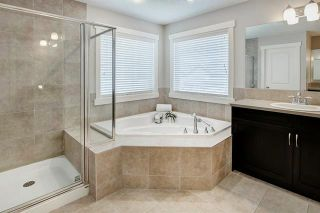 Photo 18: 54 VALLEY POINTE Bay NW in Calgary: Valley Ridge Detached for sale : MLS®# C4301556