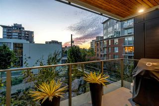 """Photo 13: 203 1555 W 8TH Avenue in Vancouver: Fairview VW Condo for sale in """"1555 WEST EIGHTH"""" (Vancouver West)  : MLS®# R2496027"""