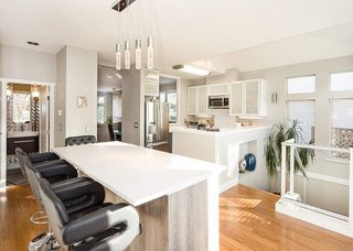 "Photo 6: 1 233 E 6TH Street in North Vancouver: Lower Lonsdale Townhouse for sale in ""ST ANDREWS HOUSE"" : MLS®# R2023614"
