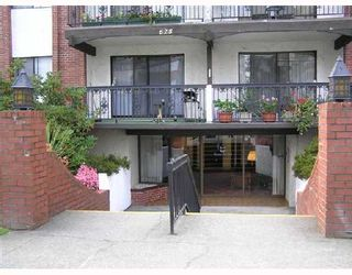 """Photo 1: 107 625 HAMILTON Street in New_Westminster: Uptown NW Condo for sale in """"CASA DEL SOL"""" (New Westminster)  : MLS®# V738228"""