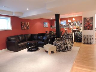 Photo 18: 6754 CHARTWELL Crescent in Prince George: Lafreniere House for sale (PG City South (Zone 74))  : MLS®# R2248006