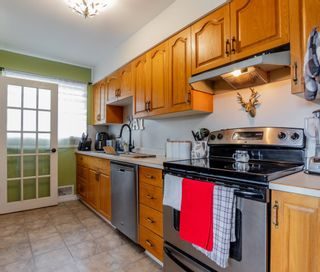 Photo 3: 1189 DOUGLAS Street in Prince George: Central House for sale (PG City Central (Zone 72))  : MLS®# R2616562