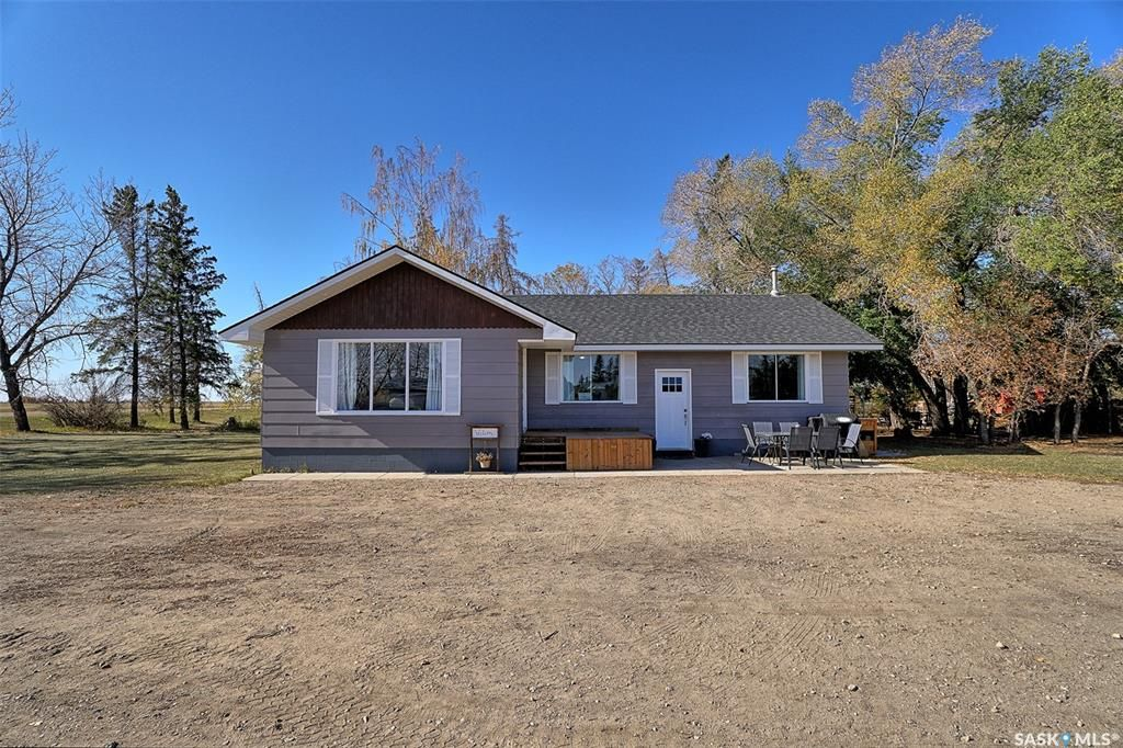 Main Photo: Huchkowsky Acreage (Greenfeld) in Laird: Residential for sale (Laird Rm No. 404)  : MLS®# SK872333