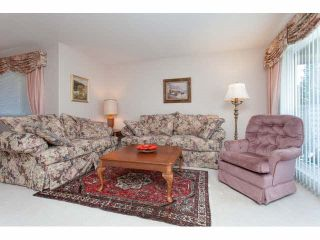 """Photo 9: 167 13888 70 Avenue in Surrey: East Newton Townhouse for sale in """"Chelsea Gardens"""" : MLS®# R2000018"""