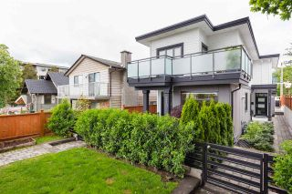 Photo 19: 210 E 18TH STREET in North Vancouver: Central Lonsdale 1/2 Duplex for sale : MLS®# R2372911