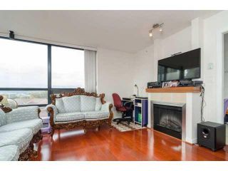 """Photo 3: 803 1 RENAISSANCE Square in New Westminster: Quay Condo for sale in """"THE Q"""" : MLS®# V1070366"""