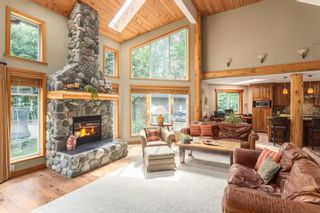 Photo 1: 2010 BLUEBIRD Place in Squamish: Garibaldi Highlands House for sale : MLS®# R2125373