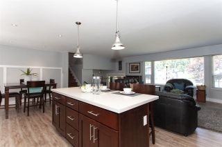 """Photo 8: 19944 36A Avenue in Langley: Brookswood Langley House for sale in """"Brookswood"""" : MLS®# R2283997"""
