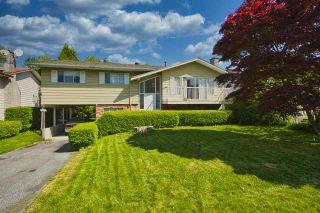 "Photo 1: 11037 84A Avenue in Delta: Nordel House for sale in ""Nordel"" (N. Delta)  : MLS®# R2453643"