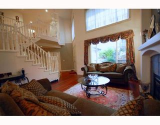 Photo 2: 1637 PINETREE Way in Coquitlam: Westwood Plateau House for sale : MLS®# V755454