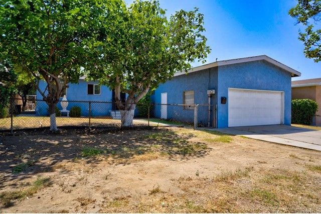 Main Photo: House for sale : 3 bedrooms : 1117 Palm Avenue in National City