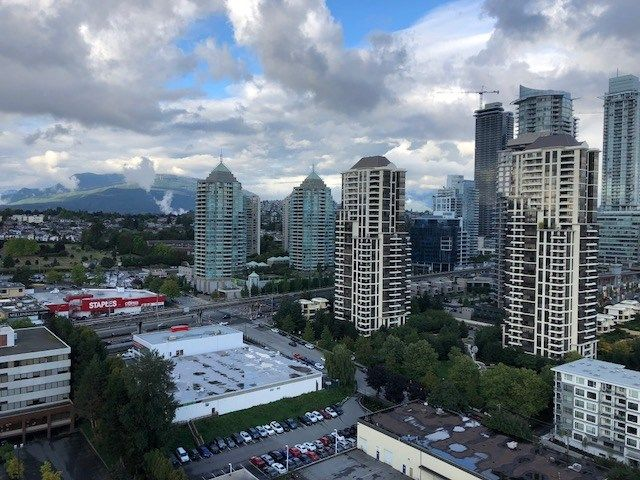 """Main Photo: 2302 4250 DAWSON Street in Burnaby: Brentwood Park Condo for sale in """"OMA 2"""" (Burnaby North)  : MLS®# R2375435"""