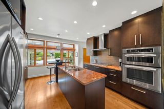 Photo 9: 662 ST. IVES Crescent in North Vancouver: Delbrook House for sale : MLS®# R2603801