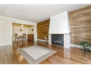 "Photo 1: 205 707 GLOUCESTER Street in New Westminster: Uptown NW Condo for sale in ""ROYAL MEWS"" : MLS®# V975010"