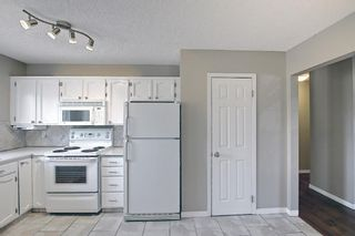 Photo 18: 136 Brabourne Road SW in Calgary: Braeside Detached for sale : MLS®# A1097410