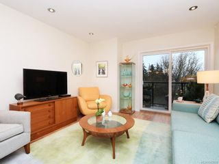 Photo 5: 305 7070 West Saanich Rd in Central Saanich: CS Brentwood Bay Condo for sale : MLS®# 842049