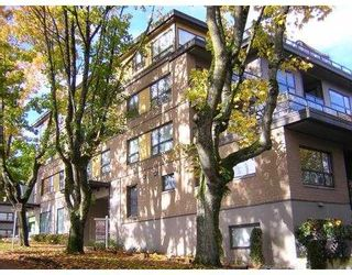 """Photo 1: 405 997 W 22ND Avenue in Vancouver: Cambie Condo for sale in """"THE CRESCENT IN SHAUGHNESSY"""" (Vancouver West)  : MLS®# V755398"""