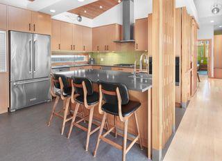 Photo 11: 10506 137 Street in Edmonton: Zone 11 House for sale : MLS®# E4264066
