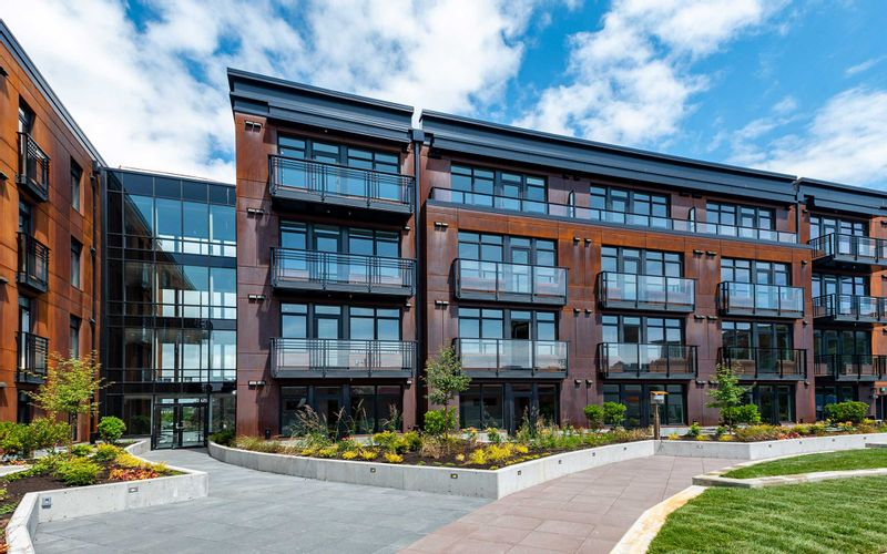 FEATURED LISTING: 103 - 515 Chatham St Victoria