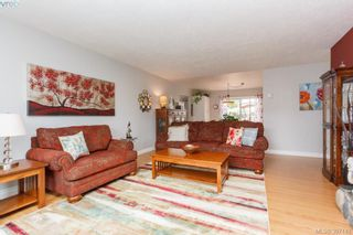 Photo 8: 724 Heaslip Pl in VICTORIA: Co Hatley Park House for sale (Colwood)  : MLS®# 794376