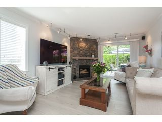 "Photo 2: 513 34909 OLD YALE Road in Abbotsford: Abbotsford East Condo for sale in ""The Gardens"" : MLS®# R2486024"