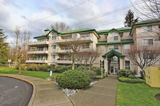 Photo 1: 445 2750 FAIRLANE Street in Abbotsford: Central Abbotsford Condo for sale : MLS®# R2330268