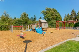 Photo 32: 3225 Mallow Crt in VICTORIA: La Walfred House for sale (Langford)  : MLS®# 836201