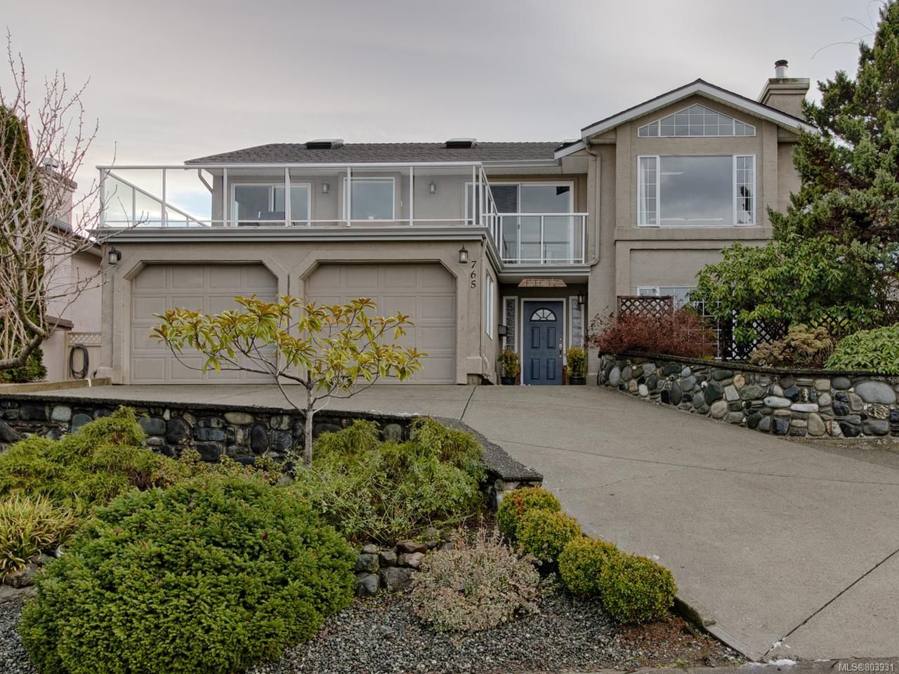 Main Photo: 765 Bowen Dr in CAMPBELL RIVER: CR Willow Point House for sale (Campbell River)  : MLS®# 803931