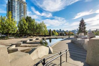 """Photo 2: 102 550 PACIFIC Street in Vancouver: Yaletown Condo for sale in """"AQUA AT THE PARK"""" (Vancouver West)  : MLS®# R2221945"""