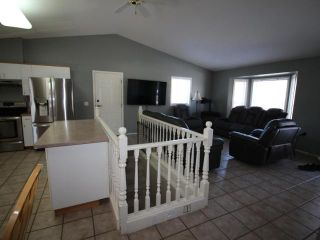 Photo 5: 303 COYOTE DRIVE in Kamloops: Campbell Creek/Deloro House for sale : MLS®# 160347