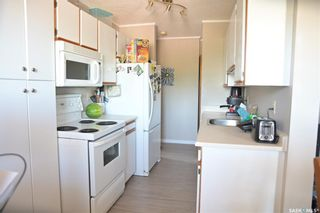 Photo 3: 302 317 Cree Crescent in Saskatoon: Lawson Heights Residential for sale : MLS®# SK860891