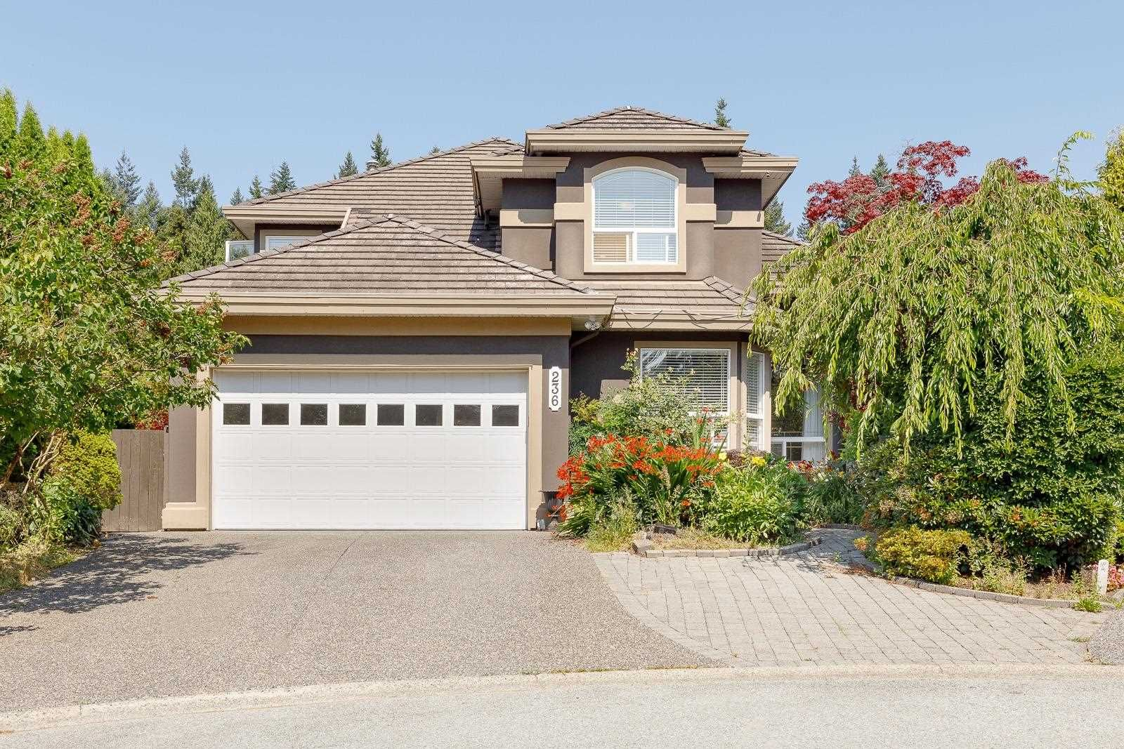 Main Photo: 236 PARKSIDE Court in Port Moody: Heritage Mountain House for sale : MLS®# R2603734