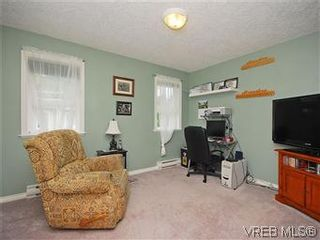 Photo 18: 2390 Halcyon Pl in VICTORIA: CS Tanner House for sale (Central Saanich)  : MLS®# 584829