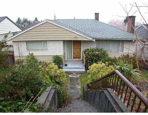 Main Photo: 6465 BURNS ST in Burnaby: Upper Deer Lake House for sale (Burnaby South)  : MLS®# V548595