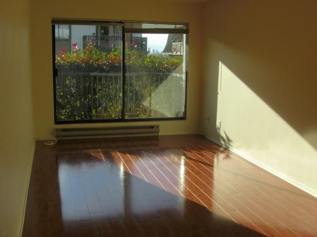 "Photo 2: Photos: 110 251 W 4TH Street in North Vancouver: Lower Lonsdale Condo for sale in ""BRITANNIA PLACE"" : MLS®# V921082"