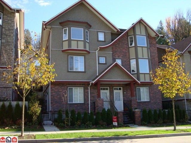 """Main Photo: 4 35626 MCKEE Road in Abbotsford: Abbotsford East Townhouse for sale in """"LEDGEVIEW VILLAS"""" : MLS®# F1027269"""