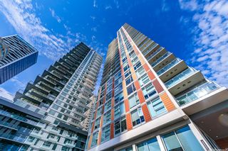 """Photo 3: 2707 1351 CONTINENTAL Street in Vancouver: Downtown VW Condo for sale in """"MADDOX"""" (Vancouver West)  : MLS®# R2623874"""