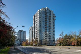 Photo 14: 2102 235 GUILDFORD WAY in Port Moody: North Shore Pt Moody Condo for sale : MLS®# R2321174