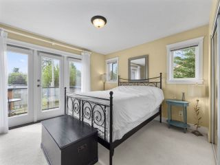 """Photo 7: 4 728 GIBSONS Way in Gibsons: Gibsons & Area Townhouse for sale in """"Islandview Lanes"""" (Sunshine Coast)  : MLS®# R2538180"""