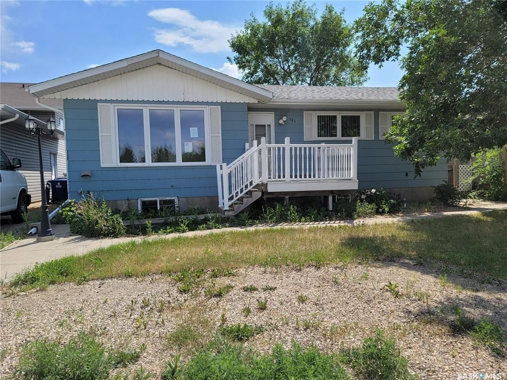Main Photo: 103 South Railway Street West in Warman: Residential for sale : MLS®# SK867121