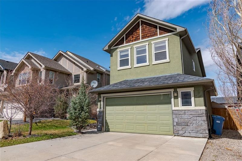 FEATURED LISTING: 10 TUSSLEWOOD Drive Northwest Calgary