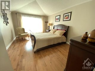 Photo 19: 22 GREATWOOD CRESCENT in Ottawa: House for sale : MLS®# 1258576
