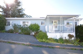 Photo 2: 141 7 Chief Robert Sam Lane in : VR Glentana Manufactured Home for sale (View Royal)  : MLS®# 855178