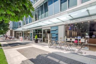 """Photo 11: 208 1477 W PENDER Street in Vancouver: Coal Harbour Condo for sale in """"West Pender Place"""" (Vancouver West)  : MLS®# R2282342"""