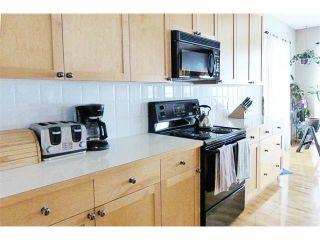 Photo 6: 13 DOUGLAS WOODS Gardens SE in Calgary: Douglasdale Estates House for sale : MLS®# C4003713