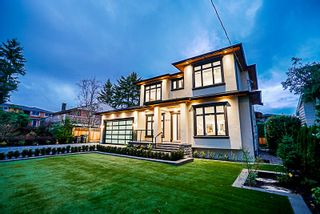 """Photo 4: 3930 LOZELLS Avenue in Burnaby: Government Road House for sale in """"GOVERNMENT ROAD"""" (Burnaby North)  : MLS®# R2226689"""